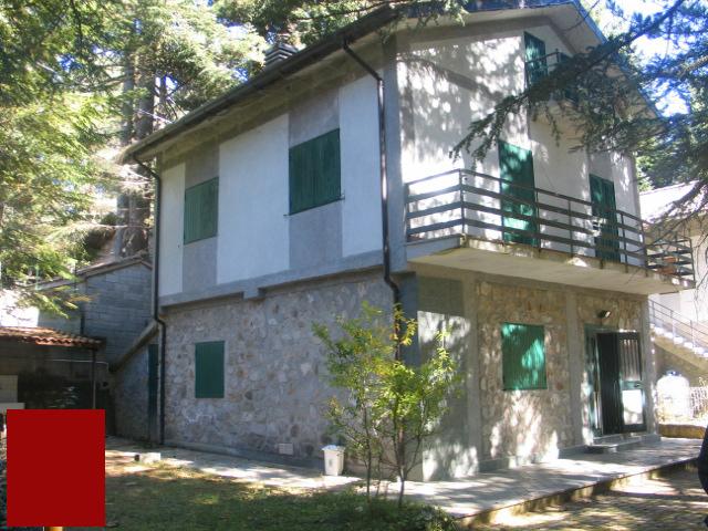 Villa locale piano terra taverna in vendita waa2 for Produttore di piano terra del punto vendita