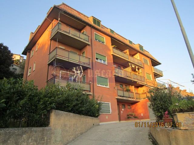 Appartamento vendita MONTOPOLI DI SABINA (RI) - 99 LOCALI - 120 MQ