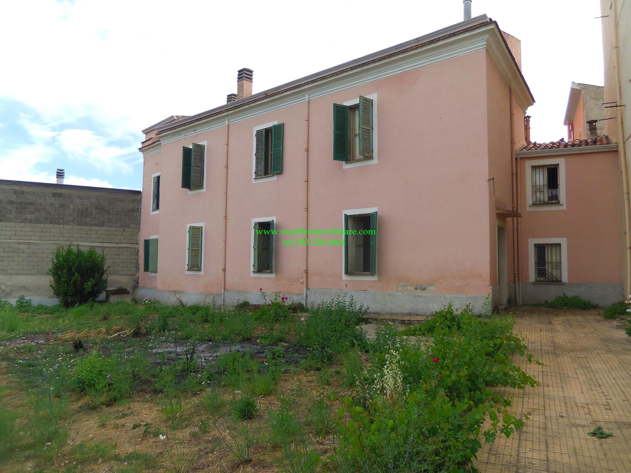 Appartamento vendita BONO (SS) - 99 LOCALI - 300 MQ