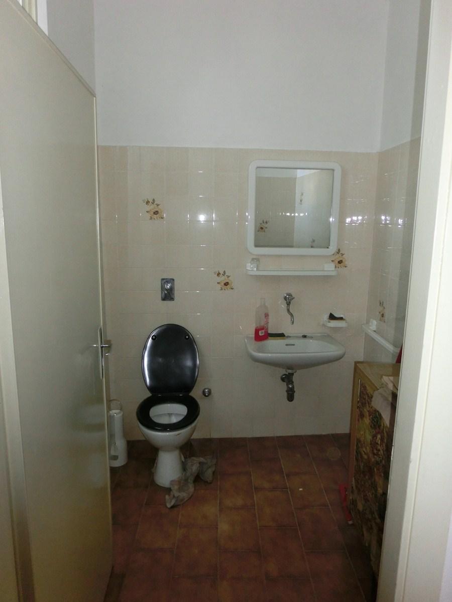 Casa Indipendente vendita TRENTO (TN) - 99 LOCALI - 250 MQ