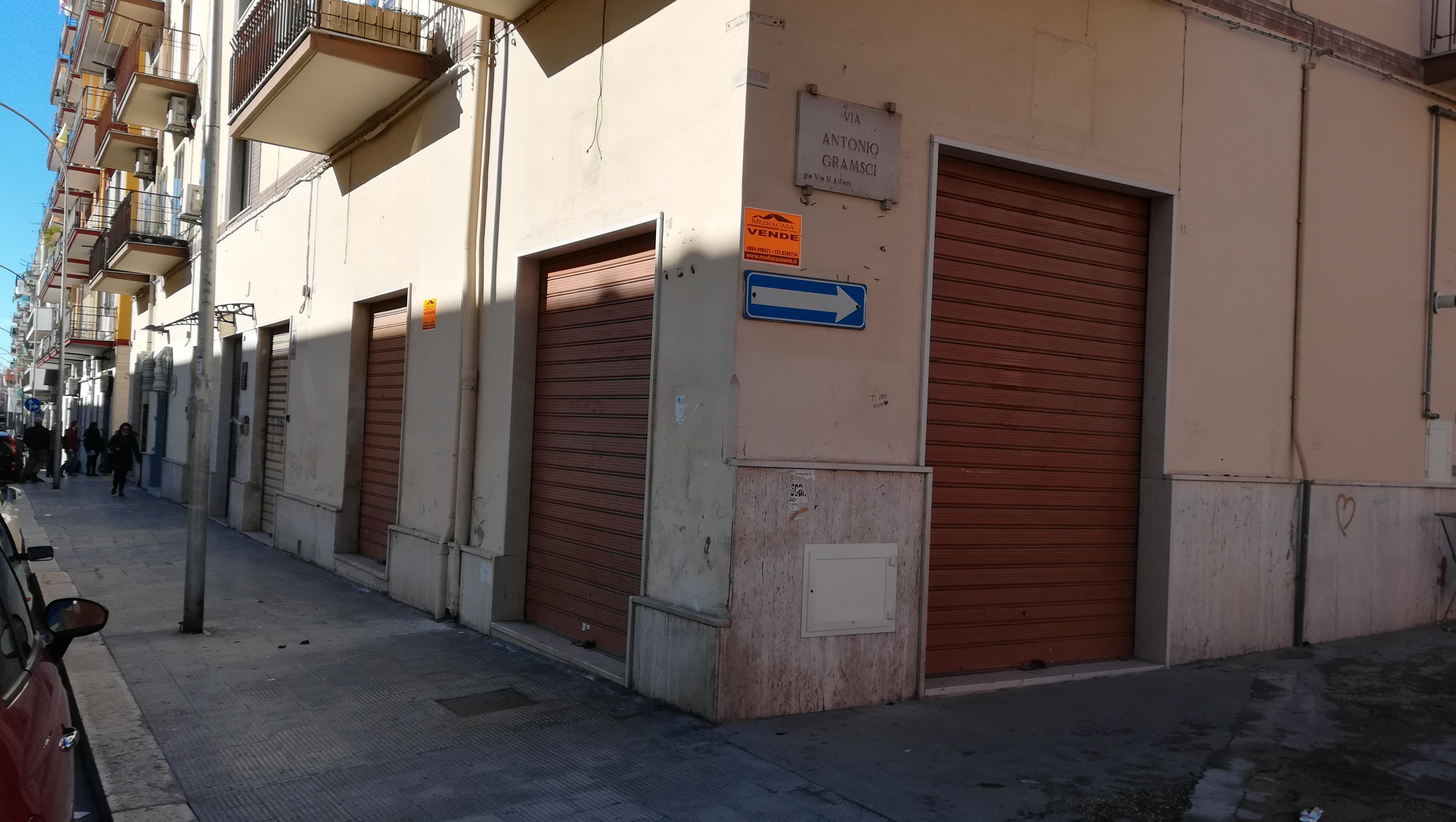 Negozio in Vendita a Manfredonia
