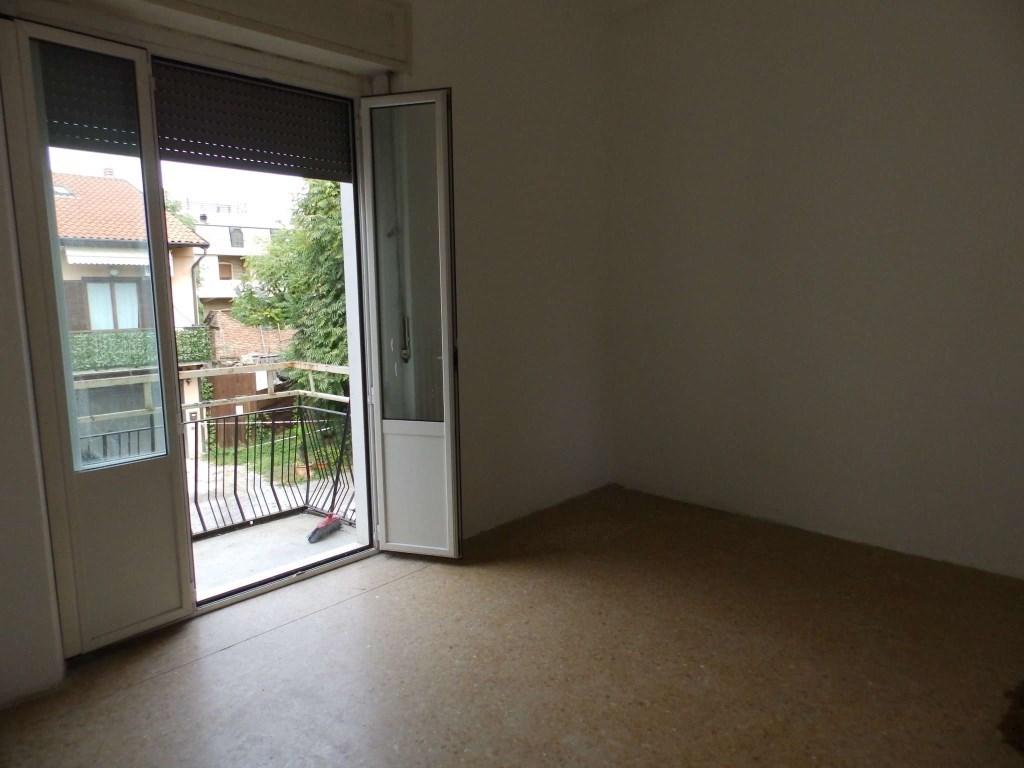 Appartamento affitto SEREGNO (MI) - 99 LOCALI - 50 MQ