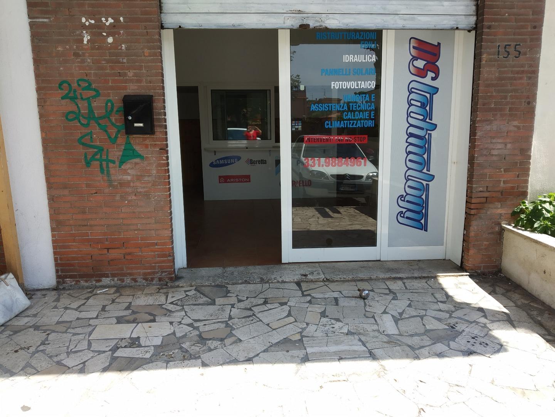 vendita locale commerciale roma  Via di Saponara 155 65000 euro  1 locali  35 mq